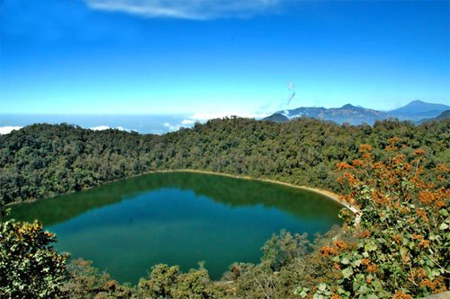 Image result for laguna de chicabal