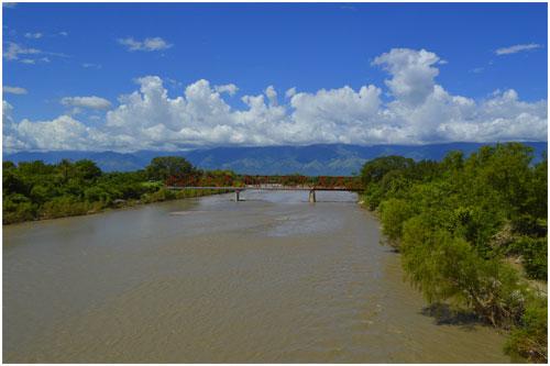 Caudal del Rio Motagua (Guatemala)