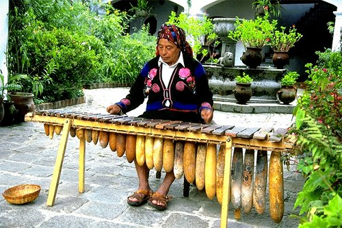 https://www.deguate.com/artman/uploads/34/marimba-5.jpg