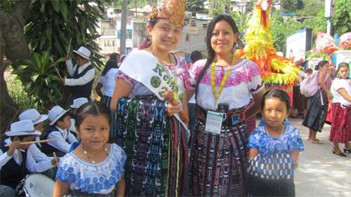 https://www.deguate.com/artman/uploads/38/Fiesta-patronal.jpg
