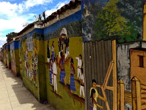 Muros pintados en Comalapa, Chimaltenango