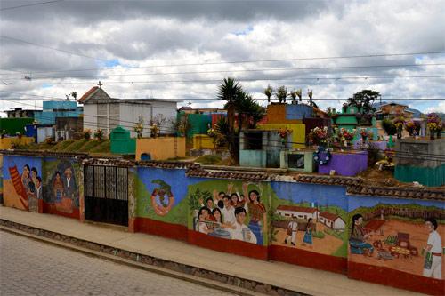 Cementerio o Camposanto de San Juan Comalapa, Chimaltenango