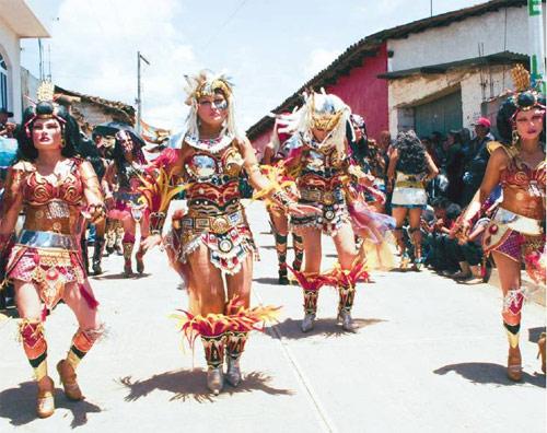 https://www.deguate.com/artman/uploads/39/Fiesta-patronal-Jan-Pdro-Jocopilas.jpg
