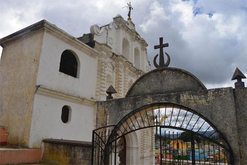 Entrada a Iglesia El Calvario, Comalapa, Chimaltenango