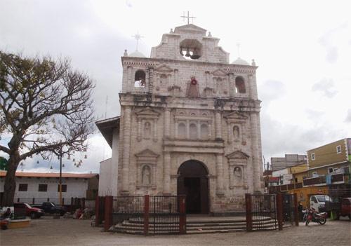 https://www.deguate.com/artman/uploads/39/Iglesia-de-Joyabaj-Quiche.jpg