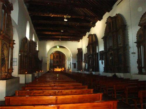 Interior de la Catedral San Francisco de Asis, Chimaltenango, Guatemala