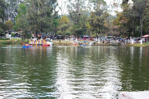 Laguna en Los Aposentos, Chimaltenango
