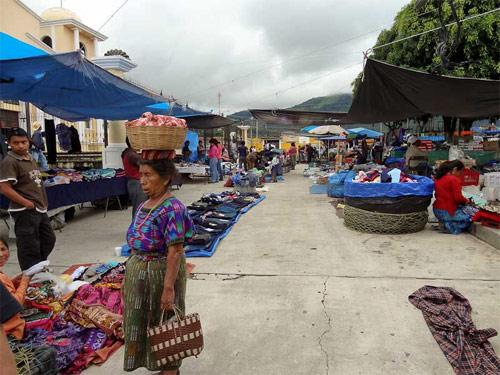 Mercado de San Andrés Itzapa, Chimaltenango, Guatemala