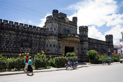 Palacio de la PNC, Ciudad de Tecpán, Chimaltenango.