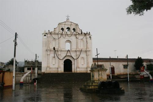 https://www.deguate.com/artman/uploads/39/Parque-central-San-Pedro-Jocopilas.jpg
