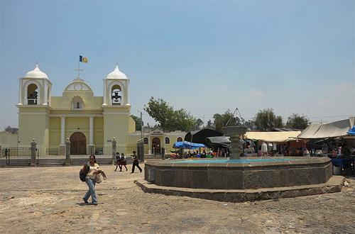 Parroquia y mercado de San Martín Jilotepeque, Chimaltenango