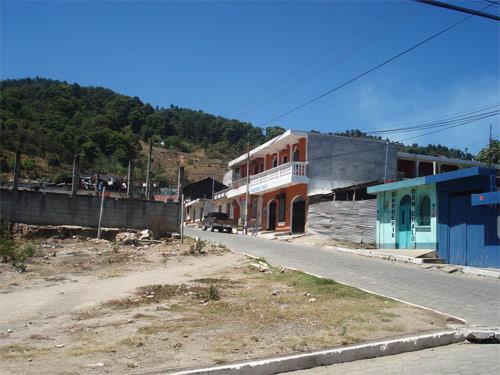 Calles de Santa Apolonia, Chimaltenango