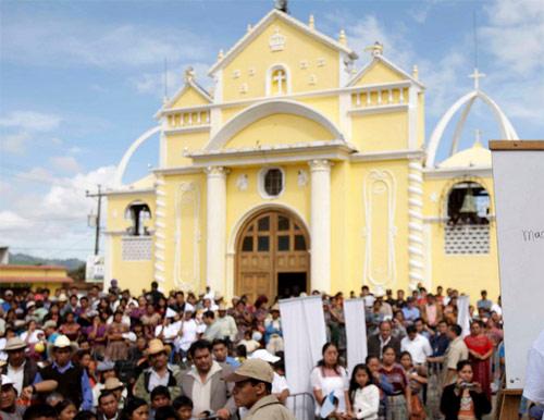 Catedral de Santa Cruz Bayanlá, Chimaltenango