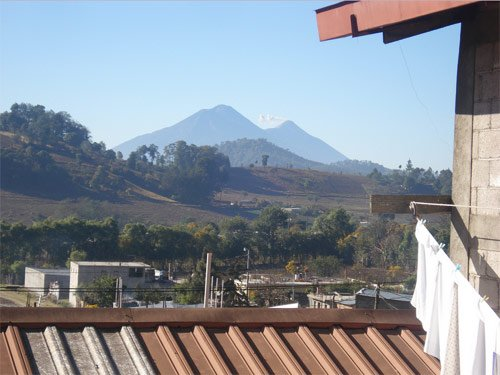 Vista de Santa Apolonia desde Finca Los Hogares, Chimaltenango