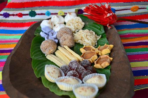 https://www.deguate.com/artman/uploads/39/montebello-comida-4.jpg