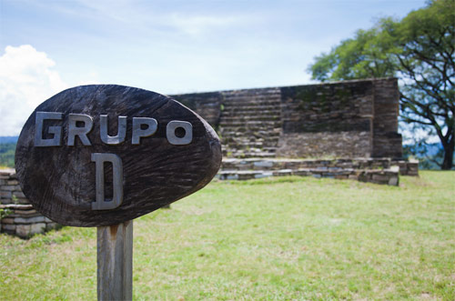 Grupo D, Mixco Viejo, San Martín Jilotepeque, Chimaltenango