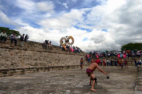 Juego de Pelota en Mixco Viejo, San Martín Jilotepeque, Chimaltenango