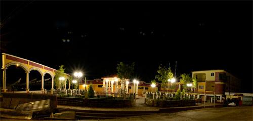 Vista panorámica del parque central de San Mateo Ixtatán, Huehuetenango