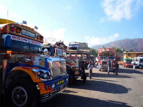 http://www.Transporte urbanocon ruta hacia Huehuetenango, Guatemala.com/artman/uploads/40/Terminal-de-buses-a-Huehuetenango.jpg