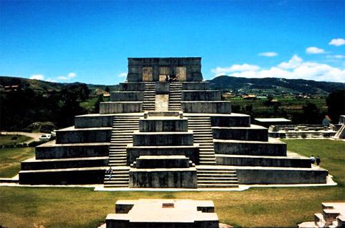 Sitio Arqueológico Zaculeu, Huehuetenango, Huehuetenango