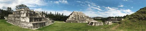 Fotografía panorámica del Parque Arqueológico Zaculeu, Huehuetenango, Huehuetenango