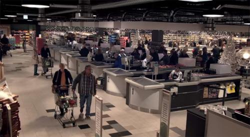 Quedaras impresionado al ver lo que hicieron todos los empleados de un supermercado.