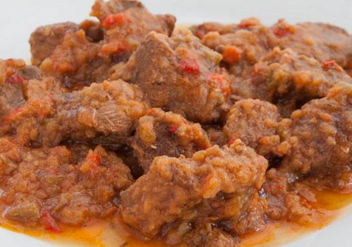 Receta de carne guisada con tomate
