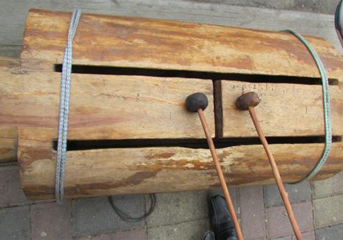 Tun - Instrumento de percusion guatemalteco