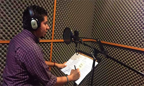 Guatemalteco es la voz principal en español de la serie The story of us.