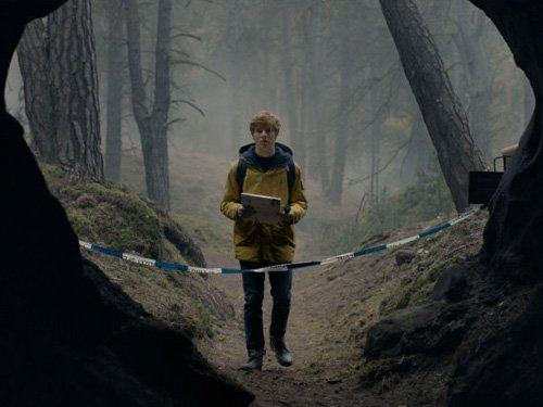 Dark - Jonas busca respuestas en la cueva
