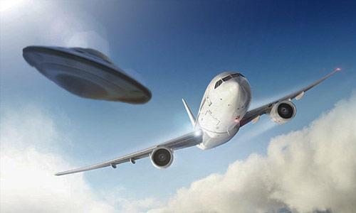 Avion de TACA perseguido por OVNI