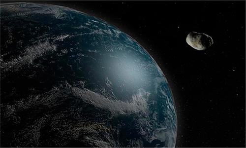Gigantesco asteroide pasará mañana cerca de la Tierra.