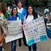 Migrantes expresan su rechazo a acciones de Morales.