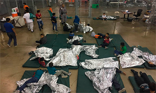 Juez extiende plazo para reunir familias indocumentadas separadas.