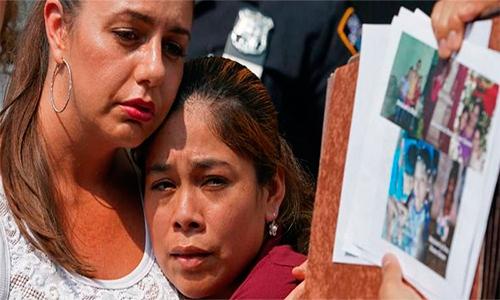 Guatemalteca logra ver a sus hijos en la frontera de EE.UU.