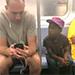 Emotivo video de solidaridad entre un hombre y un niño.