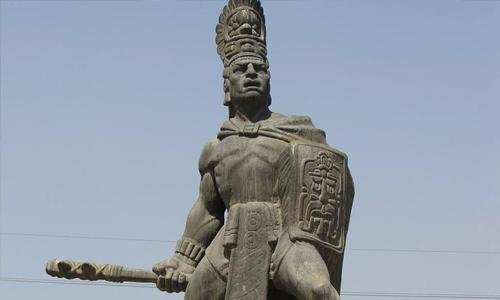 Tecun Human simbolo patrio de Guatemala (heroe nacional)