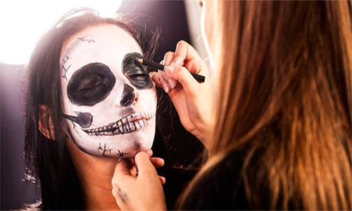 https://www.deguate.com/artman/uploads/54/Maquillaje-500px.jpg