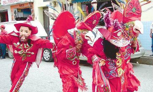 Baile de los Guacamayos