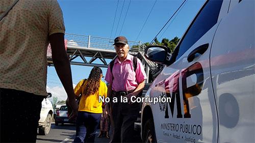 http://www.deguate.com/artman/uploads/54/e-6.jpg
