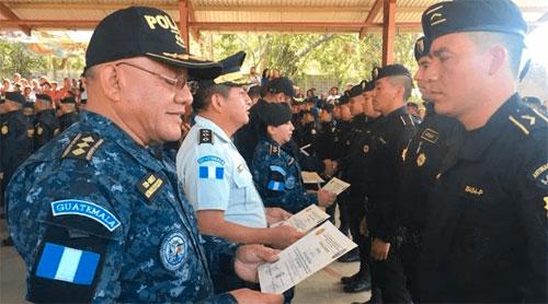 Se gradúan nuevos agentes especialistas en combate al narcotráfico