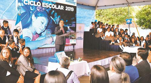 Mineduc establece 206 días de clases en Guatemala