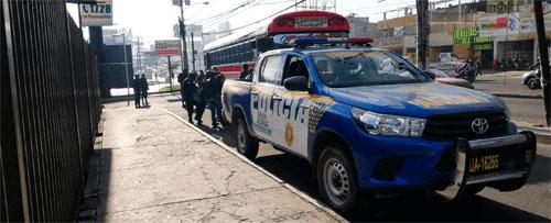 PNC continúa con operativos en el transporte urbano