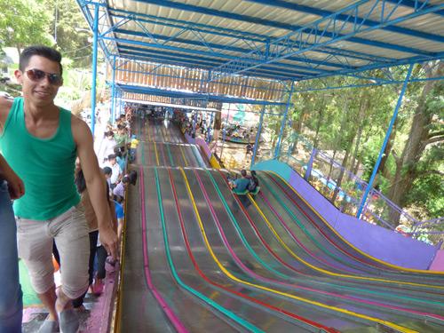 Resbaladero Gigante en Feria de Jocotenango