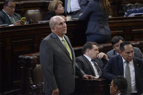VIDEO | Taracena y Arzú protagonizan intensa discusión en el Congreso