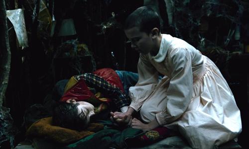 Will se refugia en el castillo Byers - Stranger Things
