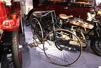 Rover Safety Bicycle en el Museo de Transporte de Coventy, Gran Bretaña.