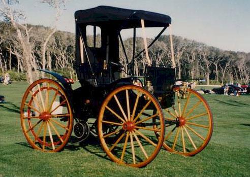 Holsman 1903 primer automovil en Guatemala